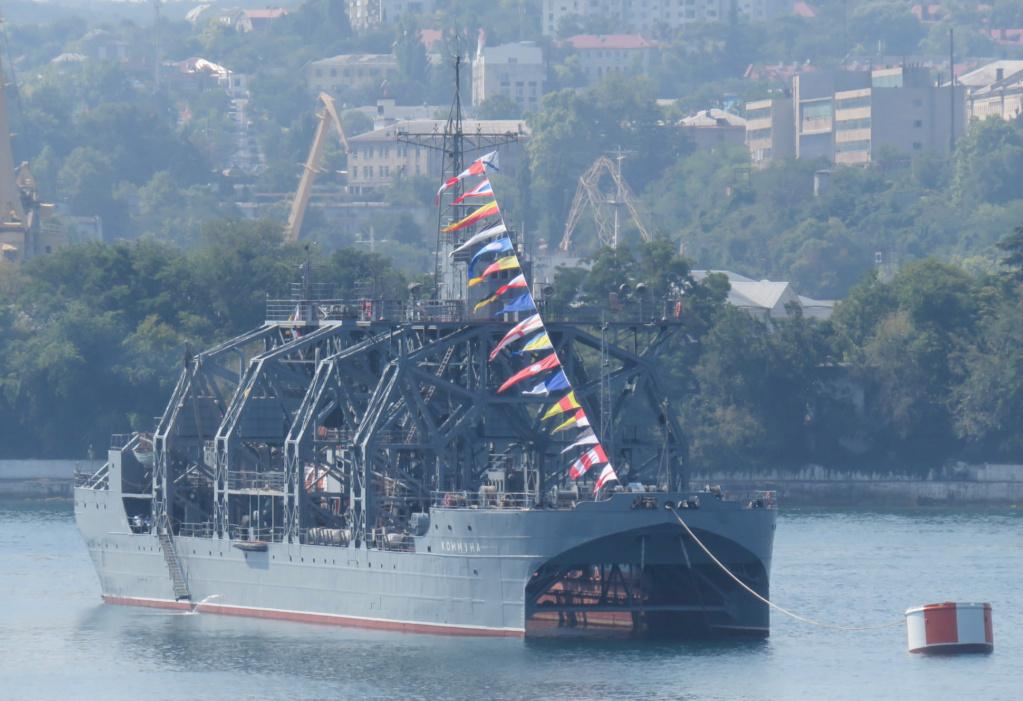 les plus vieux navires de guerre toujours en activités 1796