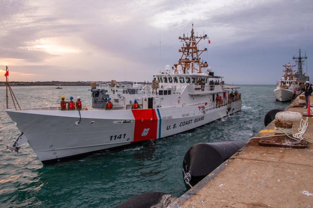 U. S. Coast Guard (garde-côtes des États-Unis) - Page 2 195