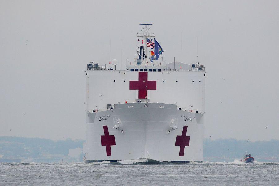 construction de navire hopital en Amérique  2010