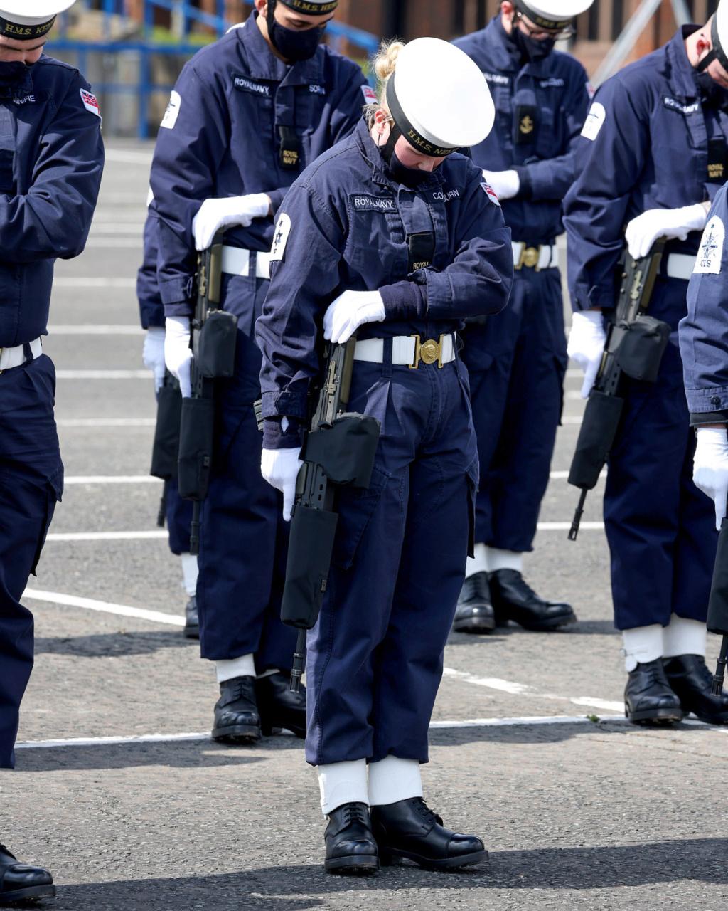 Royal Navy : les news - Page 8 2101