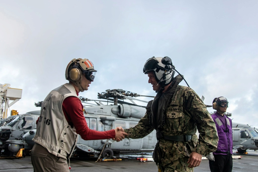 US Navy : sujets divers - Page 34 21143