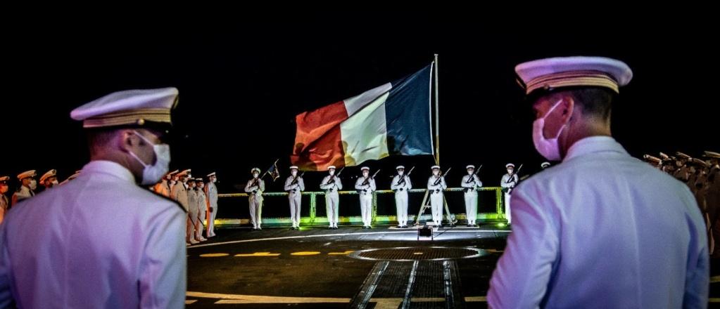 Les actualités de la Marine Française - Page 25 21147