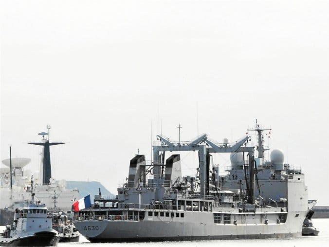 Les actualités de la Marine Française - Page 25 21151
