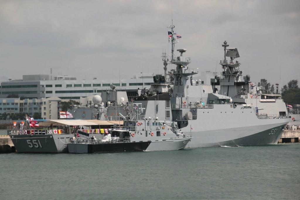Marine royale thaïlandaise - Royal Thai Navy 213