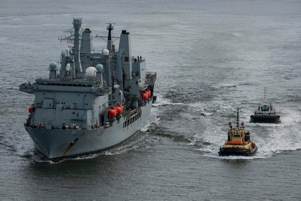 Royal Navy : les news - Page 8 2161