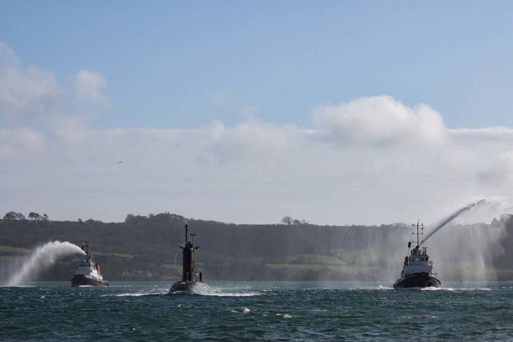 Royal Navy : les news - Page 8 2166