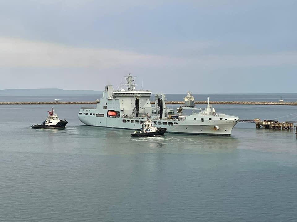 Royal Navy : les news - Page 10 2307