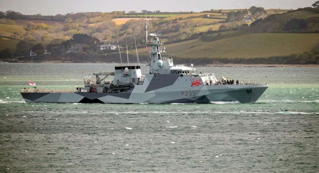 Royal Navy : les news - Page 11 2343