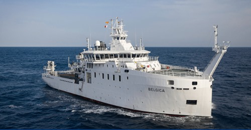 New Federal Research Vessel BELGICA - Page 8 2443