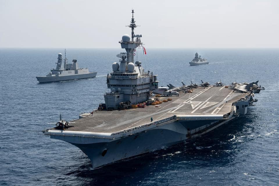 Les actualités de la Marine Française - Page 24 25101