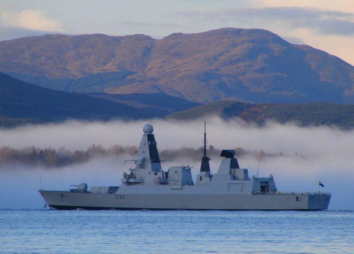Royal Navy : les news - Page 13 2553