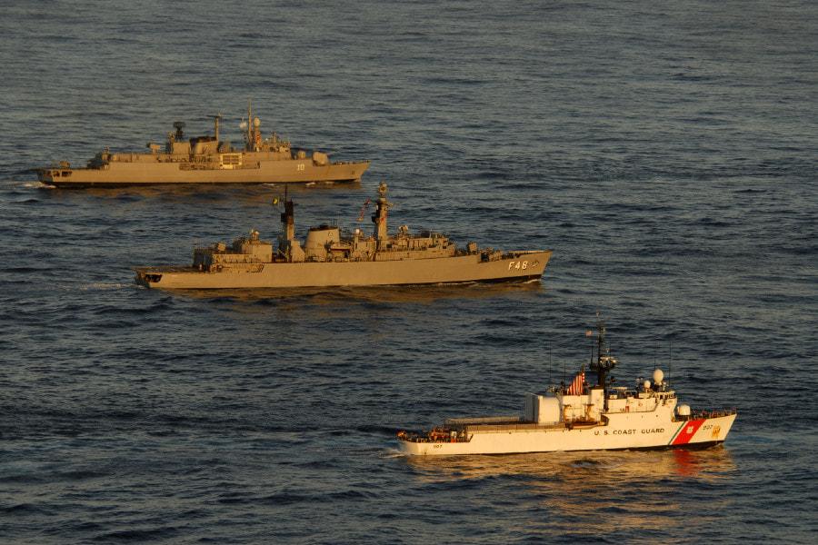 Argentine Navy - Marine de l'Argentine - Page 2 2563