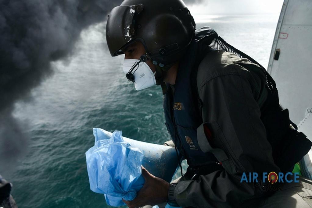 Explosion et incendie sur un pétrolier près du Sri Lanka - Page 4 2582
