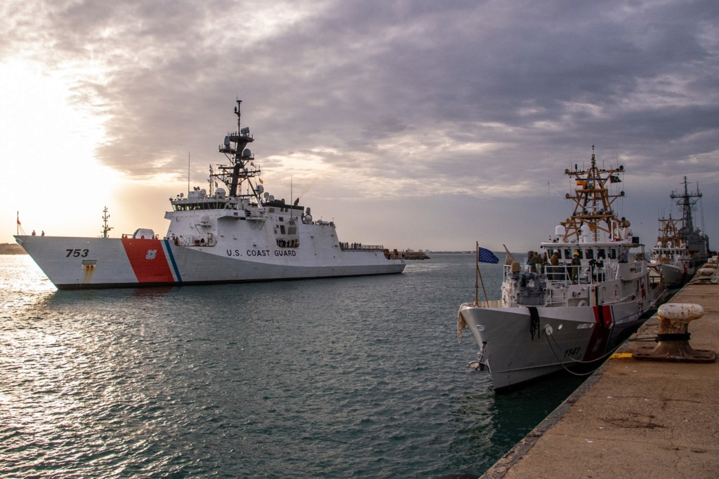 U. S. Coast Guard (garde-côtes des États-Unis) - Page 2 291