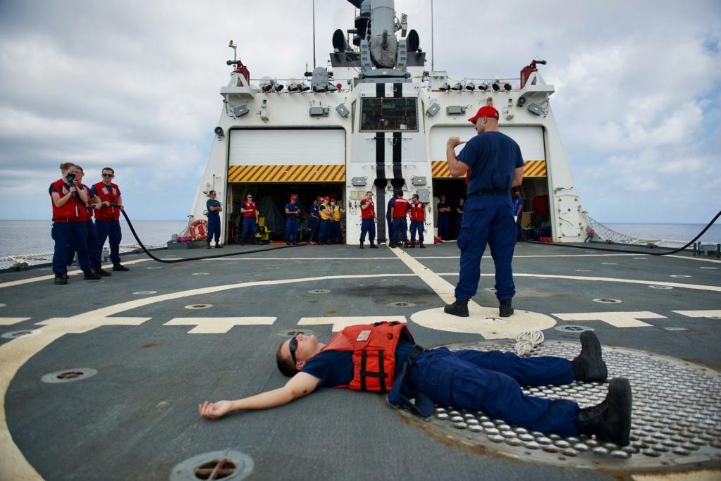 U. S. Coast Guard (garde-côtes des États-Unis) - Page 4 31105