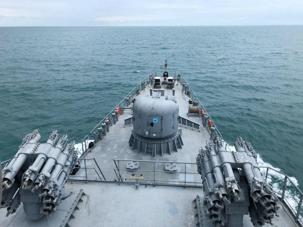 Romanian navy - Marine roumaine - Page 2 3132