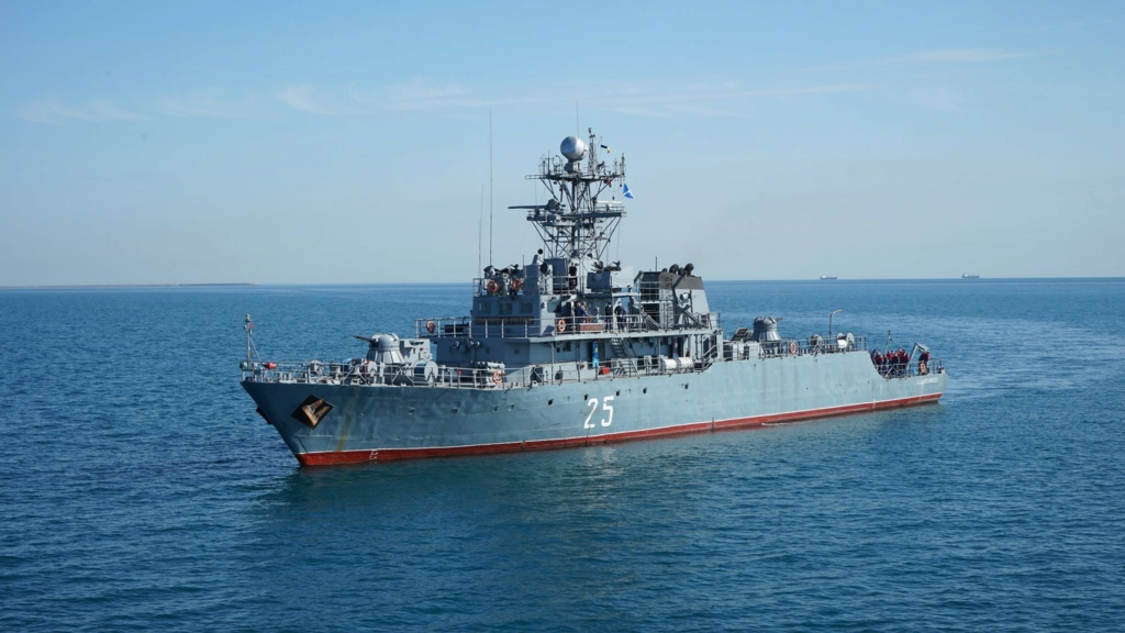 Romanian navy - Marine roumaine - Page 4 32102