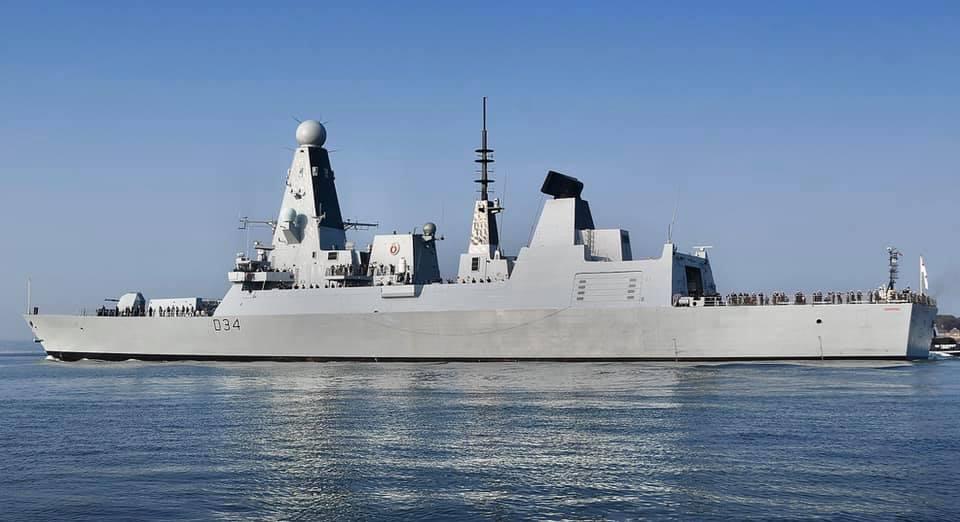 Royal Navy : les news - Page 10 3254