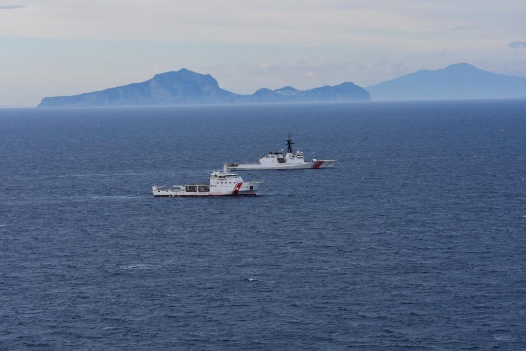 U. S. Coast Guard (garde-côtes des États-Unis) - Page 3 3257
