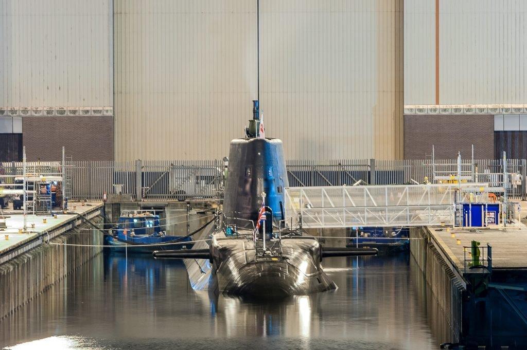 Royal Navy : les news - Page 12 3383