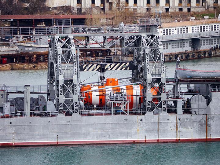 les plus vieux navires de guerre toujours en activités 3439