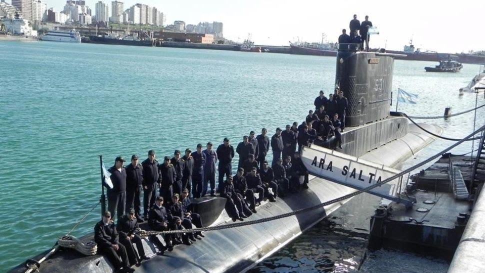 Argentine Navy - Marine de l'Argentine - Page 2 3450