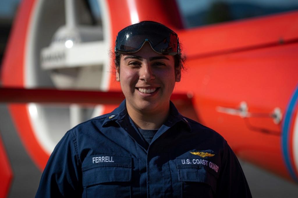 U. S. Coast Guard (garde-côtes des États-Unis) - Page 7 3570
