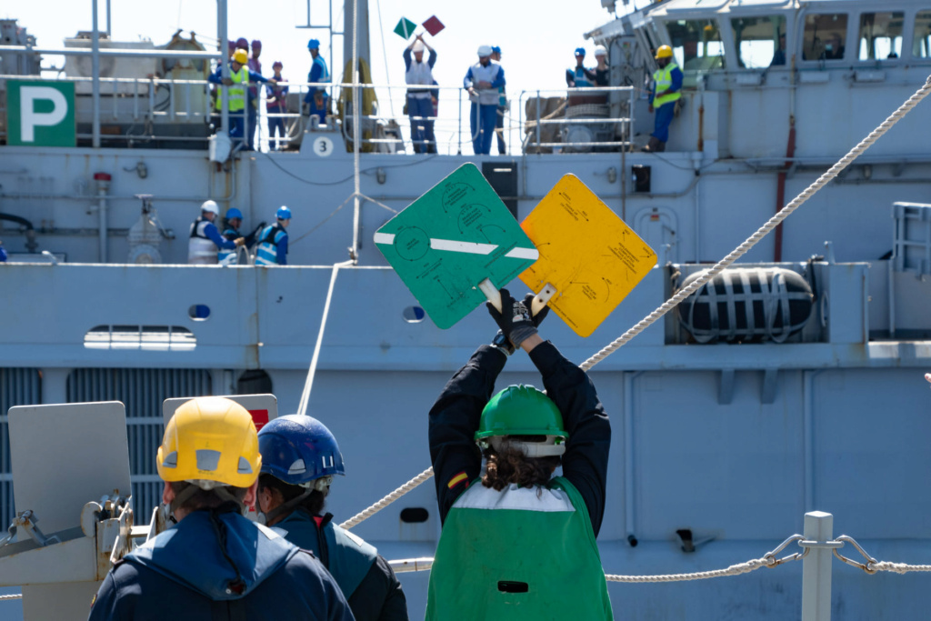 Tag strongertogether sur www.belgian-navy.be 3581