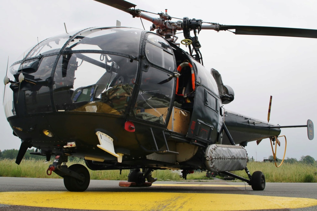 Alouette III - Page 10 3588