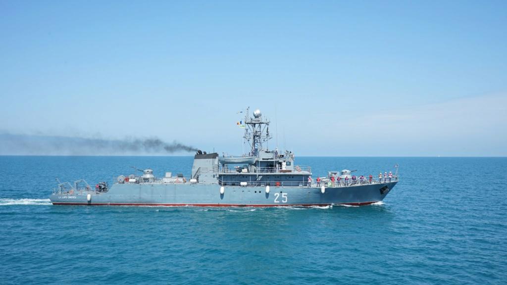Romanian navy - Marine roumaine - Page 4 3713