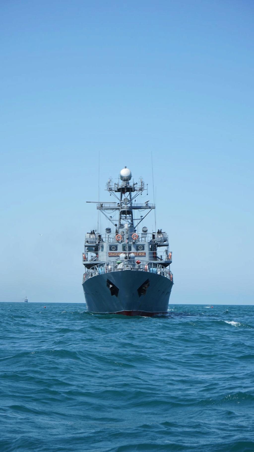 Romanian navy - Marine roumaine - Page 4 4021