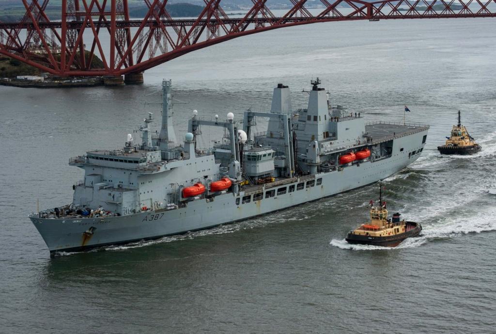 Royal Navy : les news - Page 8 4114