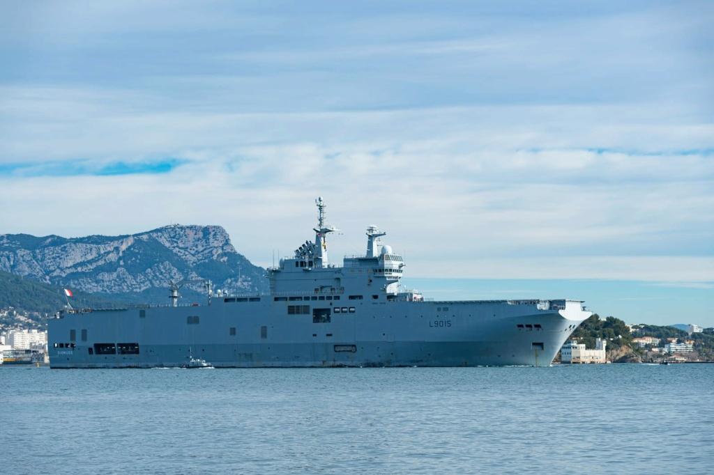 BPC Mistral, Tonnerre & Dixmude - Page 6 4130