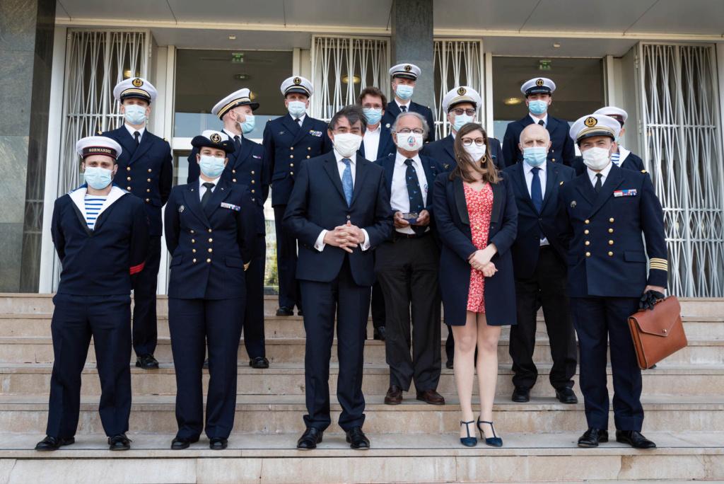 Les actualités de la Marine Française - Page 15 4159