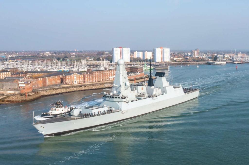 Royal Navy : les news - Page 11 4216