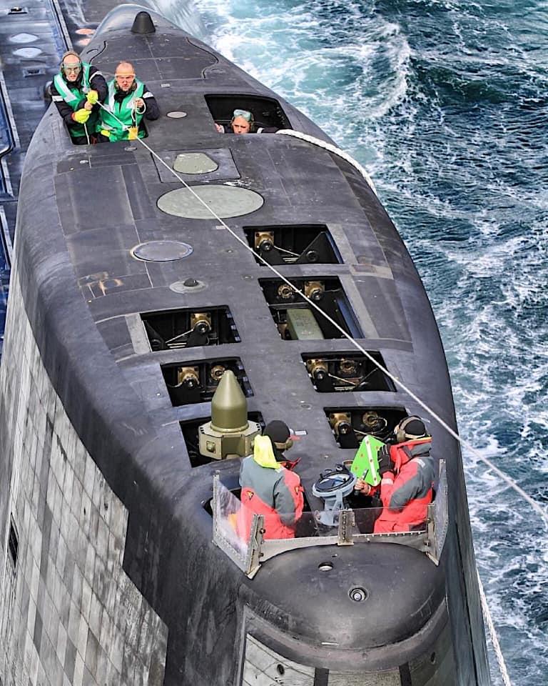 Royal Navy : les news - Page 12 4298