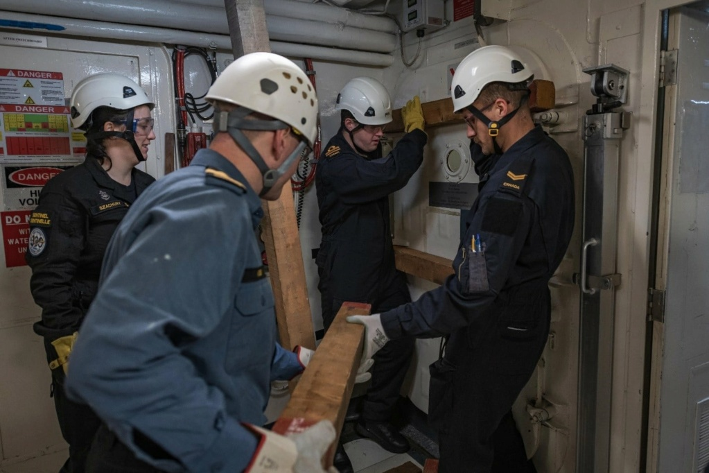 Tag strongertogether sur www.belgian-navy.be 4430