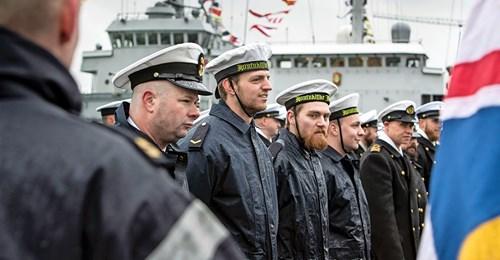 Koninklijke Marine : les news - Page 8 4513