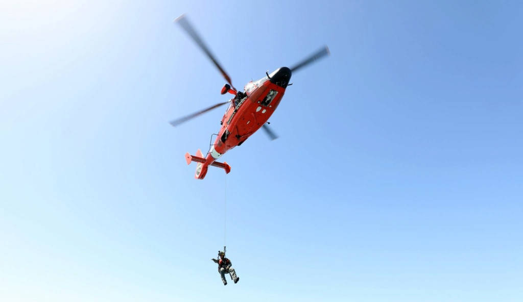 U. S. Coast Guard (garde-côtes des États-Unis) - Page 3 4613