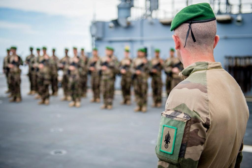 Les actualités de la Marine Française - Page 16 6118