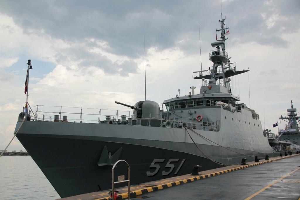 Marine royale thaïlandaise - Royal Thai Navy 612