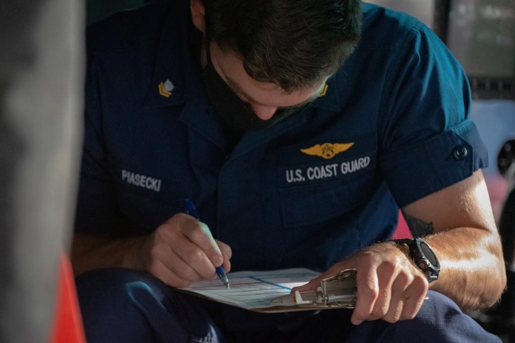 U. S. Coast Guard (garde-côtes des États-Unis) - Page 7 6307