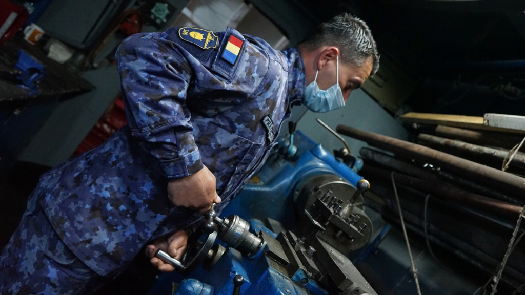 Romanian navy - Marine roumaine - Page 5 6310