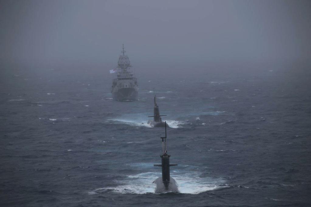 Australian Navy - Marine Australienne - Page 7 6320