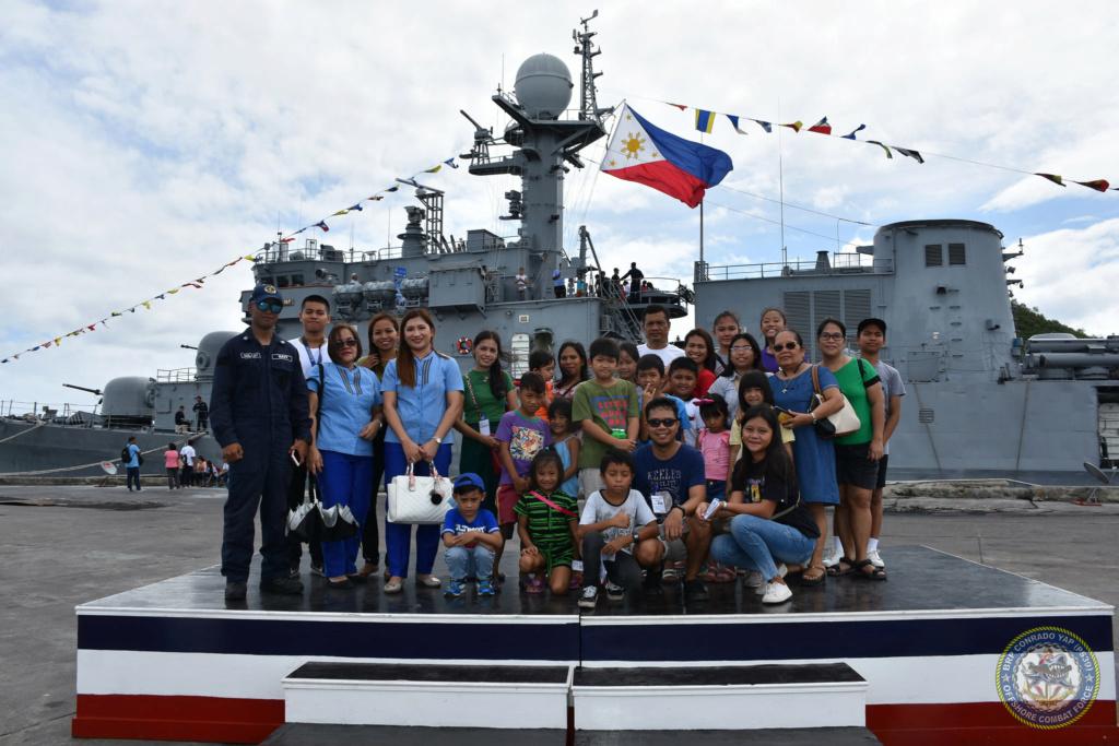 Philippine Navy - Marine Philippine - Page 2 690