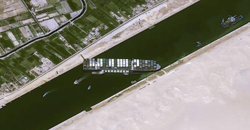 Le canal de Suez bloqué par un porte-conteneurs géant ! 6_jfif10