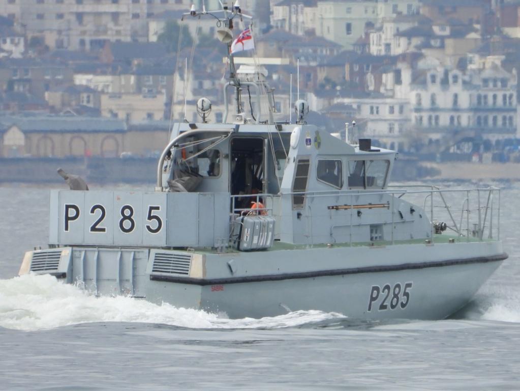 Royal Navy : les news - Page 11 7112