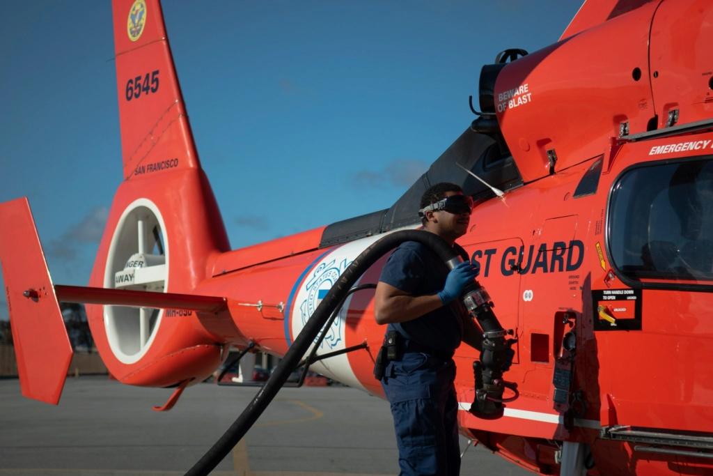 U. S. Coast Guard (garde-côtes des États-Unis) - Page 7 7252