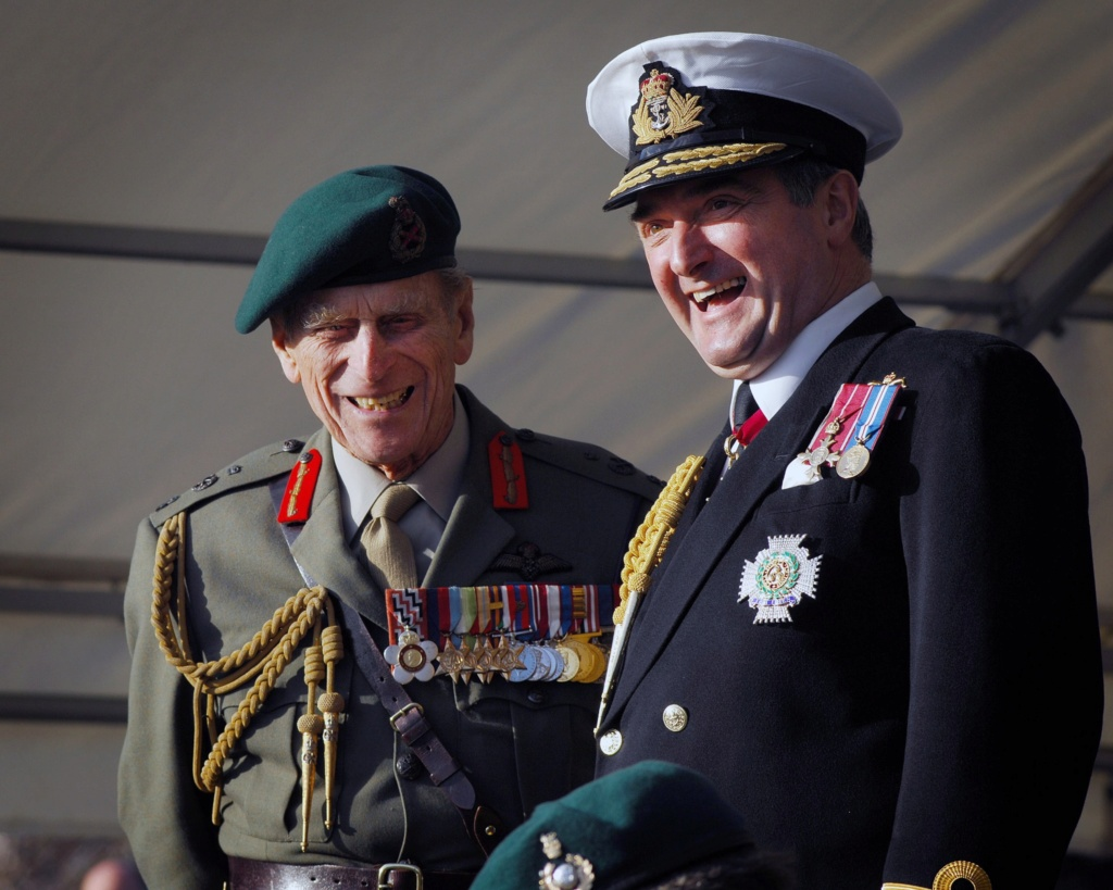 Royal Navy : les news - Page 8 740