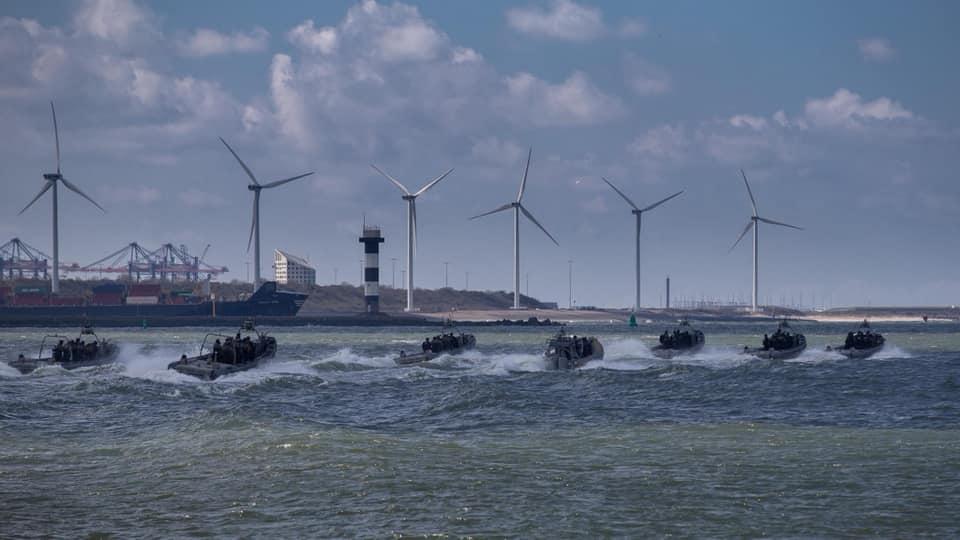 Koninklijke Marine : les news - Page 7 750